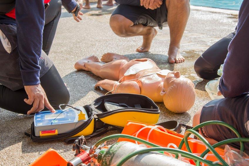 Erste Hilfe beim Swimmingpool