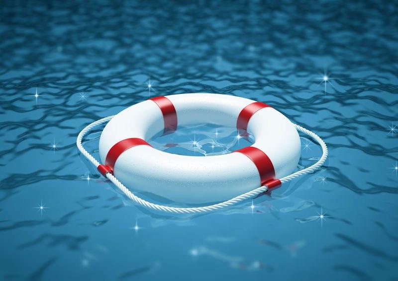 Swimmingpool Wartung und Sicherheit